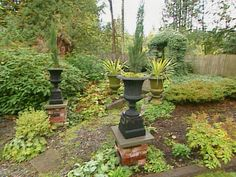 How to Build Your own Brick Pillars : Archive : Home & Garden Television