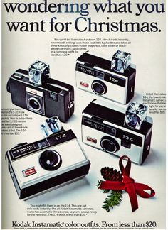 33 Vintage Print Ads From the Mad Men Advertising Ads, Vintage Advertisements, Vintage Ads, Old Photography, Photography Camera, Vintage Tools, Vintage Cameras, Instamatic Camera, Retro Christmas
