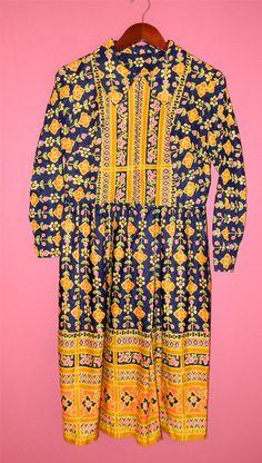 Vintage Dress 60s 70s Long Sleeve Hippie by PinkCheetahVintage, $72.00