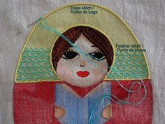 Borde amarillo: punto de soga; decorado verde menta: punto de pluma (en forma de corazones) | WIP Alfonsina, matrioska de bulto | María Tenorio, Gineceo, 2015