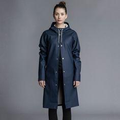 stockholm,long, raincoat, stutterheim, rainwear, unisex, navy, hooded raincoat