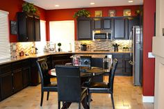 really missing my red kitchen.LOVE the Italian feel of this color.maybe our new kitchen color! really missing my red kitchen.LOVE the Italian feel of this color.maybe our new kitchen color! Bistro Kitchen Decor, Kitchen Dinning Room, Farmhouse Style Kitchen, Kitchen Redo, Country Kitchen, New Kitchen, Kitchen Remodel, Kitchen Design, Kitchen Tips
