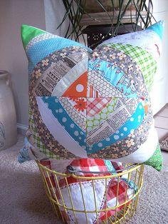 Curved piecing tutorial - great for using up scraps! Must try.