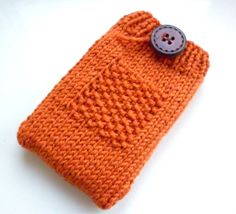 This free knitting pattern is for a knitted gadget phone cosy to fit an iphone, ipod or any smartphone such as a blackberry. It can be knit...