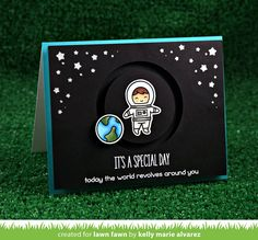 Card rocket austronaut planet galaxy star stars planets space travel journey Lawn Fawn Out of this world stamp set, black background starry die cut Creative Birthday Cards, Diy Birthday, Slider Cards, Little Presents, Lawn Fawn Stamps, Interactive Cards, Out Of This World, Kids Cards, Cute Cards