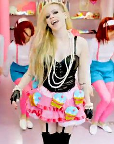 """Avril Lavigne Slammed For New Song """"Hello Kitty,"""" """"Racist"""" Music Video - Us Weekly"""