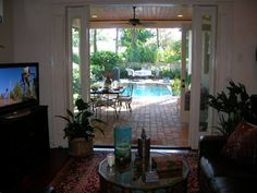 decorating a lanai in florida   drew us to our new house was the large covered lanai. In Florida ...