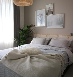 [New] The Best Home Decor (with Pictures) These are the 10 best home decor today. According to home decor experts, the 10 all-time best home decor. Dream Bedroom, Home Bedroom, Diy Bedroom Decor, Home Decor, Master Bedrooms, Home Renovation Loan, My Dream Home, Old Houses, Home And Living