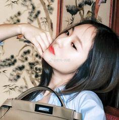 Krystal Jung, Asian Models, Pretty Girls, Random, Celebrities, Celebs, Cute Girls, Casual, Celebrity