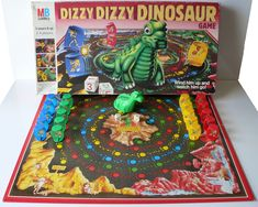 26 Board Games From Your Childhood You Wish You Could Play Right Now Childhood Games, 90s Childhood, Childhood Memories, Classic Board Games, Vintage Board Games, Retro Toys, Vintage Toys, Board Game Pieces, Games