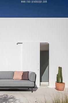 Wir haben die richtige Gartenmöbel Garnitur für Dich.    Klicke zum Kontakt    #gartenmoebel, #gartenmoebelgarnitur,  #RiesProDesign Lounge Design, Outdoor Sofa, Modular Sofa, Oversized Mirror, Furniture, Home Decor, Garden Furniture Design, Patio Tables, Modular Couch