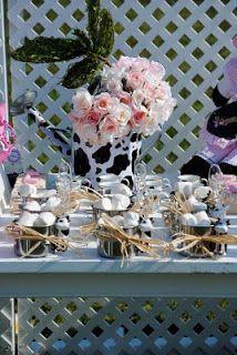 Karen Ayars: My Baby's Pink Barnyard - A Fazendinha Rosa da Minha Pequena