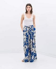Image 2 of LOOSE FIT PRINTED TROUSERS from Zara