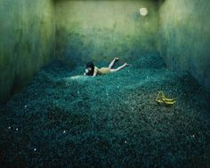 by Jee Young Lee