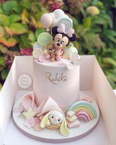 Birthday Cake For Daughter, Baby Girl Birthday Cake, Pretty Birthday Cakes, Baby Girl Cakes, Special Birthday Cakes, Minnie Birthday, Fondant Cake Designs, Fondant Toppers, Girl Birthday Decorations