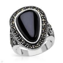$56.50 Onyx Sterling Silver Ring Size 8