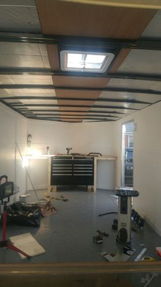 Vee nose work bench aesthetic aesthetic surgery job job before and after remodelling Enclosed Trailer Cabinets, Enclosed Trailer Camper, Cargo Trailer Camper, Cargo Trailers, Utility Trailer, Trailer Shelving, Trailer Storage, Work Trailer, Trailer Build