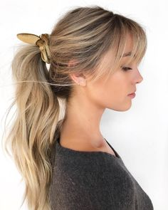 Women's Messy Wavy Ponytail using Velvet Scrunchie with Fringe and Hand Painted Blonde Color Long Fall Updo Hairstyle - This effortless updo, is a very pretty feminine style. Its a great casual look year round. Wavy Ponytail, Ponytail Hairstyles, Hairstyles With Bangs, Ponytail Scrunchie, Long Fringe Hairstyles, Bangs Hairstyle, Long Hair Ponytail Styles, Hairstyle Images, Casual Hairstyles
