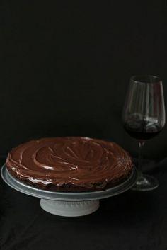 Коледен сладкиш Глювайн // Red wine chocolate cake