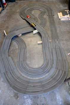 New old guy playing with Revell track - Model Racing Slot Car Racing Sets, Slot Car Race Track, Slot Car Sets, Ho Slot Cars, Slot Car Tracks, Scalextric Track, Car Racer, Retro Toys, Rc Cars