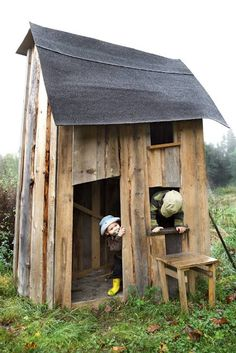 50 Kids Playhouses (and a great website with TOO much to read right now) This one reminds me of the one my dad built for us out of scrap wood. Good memories!!