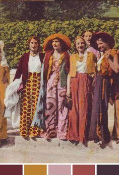 A inspiração de hoje é turma cheia de estilo, sabe lá de qual década (70s, maybe?), usando as cores do nosso próximo inverno: mostarda, burgundy, lilás e roxo.