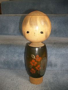 Vintage-15-Tall-Wood-Kokeshi-Doll-Artist-Signed-Tagged-Ikegami-uh love her!