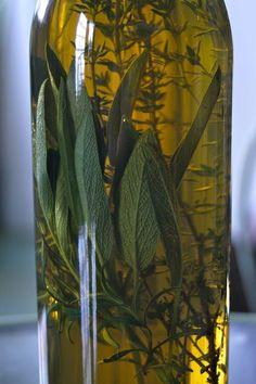 Herbal vinegars: easy to make. Just infuse fresh herbs into quality vinegar.cider, red, white wine not distilled white. Canning Jars, Canning Recipes, Pine Oil, Cider Making, Vinegar Dressing, Fruit Preserves, Infused Oils, Olive Oils, Cooking Ingredients