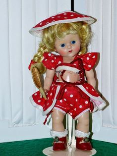 Vintage Strung Vogue 1952 Series Beach Ginny in HTF Original Outfit with Fan  #Dolls