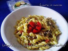 Riccioli al limone di Sorrento alle vongole,ricetta di pesce