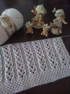 """"" Kaynana Örmez Gelin Giymez Yelek Örgü Modeli Yapılışı """" The motifs of the knitting pattern consist of 16 stitches and 4 stitches and 8 rows for the intermediate sample. Lace Knitting Patterns, Knitting Stiches, Easy Knitting, Knitting For Beginners, Knitting Socks, Knitting Designs, Diy Crafts Knitting, Bordado Floral, Craft Free"