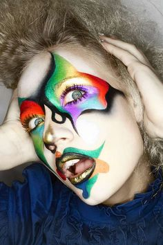 100 Vibrant Makeup Ideas - From Kaleidoscopic Eyebrows to Psychedelic Cosmetics (CLUSTER) Maquillage Halloween, Halloween Face Makeup, Fantasy Make Up, Fx Makeup, Clown Makeup, Make Up Art, Special Effects Makeup, Crazy Makeup, Eye Art