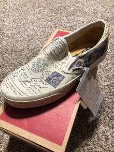 35cef21a7bb Details about Vans X Sneakers Vincent Van Gogh SKULL Classic Slip On - Sz  Men 6 Women 7.5 NIB