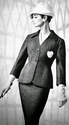 Magdorable!: Jacky Mazel is wearing suits by Carven and Maggy ...
