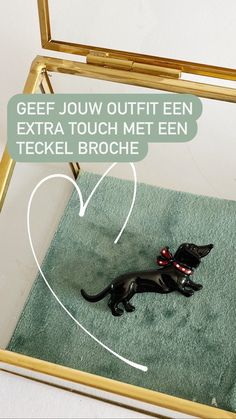 Geef jouw outfit een extra touch met een teckel broche! #teckel #broches #dachshund #sieraden #accessories #dackel Dachshund, Outfit, Home Decor, Outfits, Decoration Home, Room Decor, Dachshund Dog, Interior Design, Home Interiors