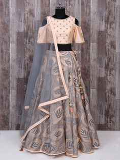 Explore from latest collection of lehengas online. Shop for lehenga choli, wedding lehengas, chaniya choli, ghagra choli & designer lehengas in variety of colors. Indian Fashion Trends, Indian Fashion Dresses, Indian Designer Outfits, Party Wear Indian Dresses, Indian Wedding Outfits, Indian Outfits, Bridal Outfits, Bridal Gowns, Choli Designs
