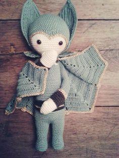 VLAD the vampire bat made by Jette K. / crochet pattern by lalylala