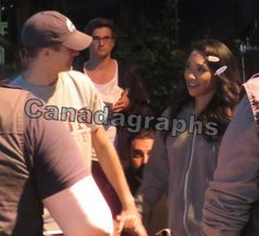 The Flash films scenes for season 3 episode 3 with Grant Gustin and Candice Patton - CANADAGRAPHS