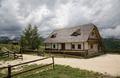 2 How Beautiful, Old Houses, House Design, Cabin, Traditional, House Styles, Interior, Home Decor, Travel