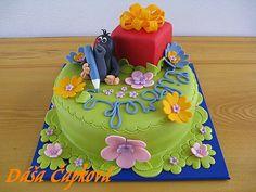 Krteček s pastelkou Birthday Cake, Tv, Food, Birthday Cakes, Television Set, Essen, Meals, Yemek, Cake Birthday