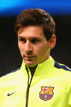 Lionel Messi of Barcelona lines up during the UEFA Champions League Round of 16 match between Manchester City and Barcelona at Etihad Stadium on February 2015 in Manchester, United Kingdom. Fc Barcelona, Lionel Messi Barcelona, Barcelona Futbol Club, Argentina National Team, Messi Photos, Leonel Messi, Soccer Stars, Sexy Girl, Manchester City