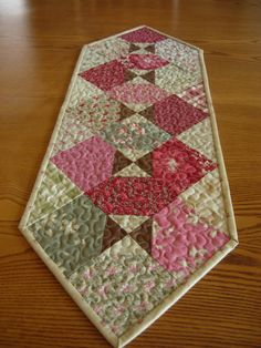 simple cute runner - I need to practice machine quilting on a simple project like this
