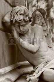 Znalezione obrazy dla zapytania pomnik z aniołem