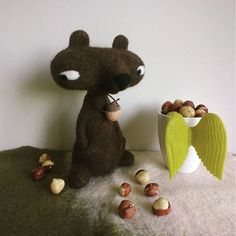 Beautiful Needle felting project wool bear(Via @buckwheat_pot)