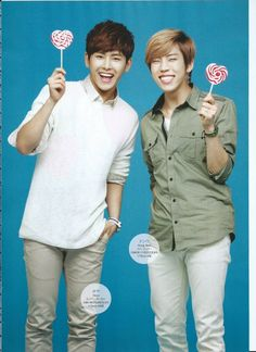 dongwoo & hoya, Dongwoo looks so adorable in this photo I cannot take it