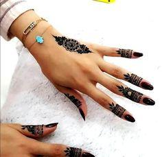Henna Tattoo Designs, Henna Tattoos, Finger Henna Designs, Henna Tattoo Hand, Et Tattoo, Mehndi Designs For Fingers, Simple Mehndi Designs, Henna Art, Tattoo Art