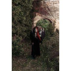 #dark #darkness #ghotic #ghoticgirl #funeral #nature #coffin #narrativeportrait #photography #portrait #skeletons #horror #horrormakeup #makeup  #makeupartist - @lollyplap http://tipsrazzi.com/ipost/1511925915666553763/?code=BT7cJwaAxuj