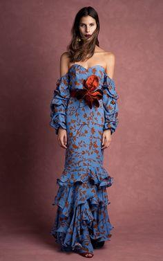 Get inspired and discover Johanna Ortiz trunkshow! Shop the latest Johanna Ortiz collection at Moda Operandi. Unique Fashion, Love Fashion, Fashion Design, Mode Unique, Boho Chic, Evening Dresses, Summer Dresses, Mode Inspiration, Beautiful Dresses