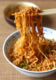 noodles with spicy korean chili dressing. I might try making the chili mix from scratch.ramen noodles with spicy korean chili dressing. I might try making the chili mix from scratch. Spicy Ramen Noodles, Stir Fry Noodles, Ramen Noodle Recipes, Rice Noodles, Korean Noodles, Recipes With Rice Ramen, Spicy Noodles Recipe, Top Ramen Recipes, Veggie Noodles