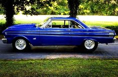 Best Ford Falcon. #ford #falcon #classic #hot 1964 Ford Falcon, American Classic Cars, Old Street, Old Cars, Muscle Cars, Old School, Vehicles, Lincoln, Mercury